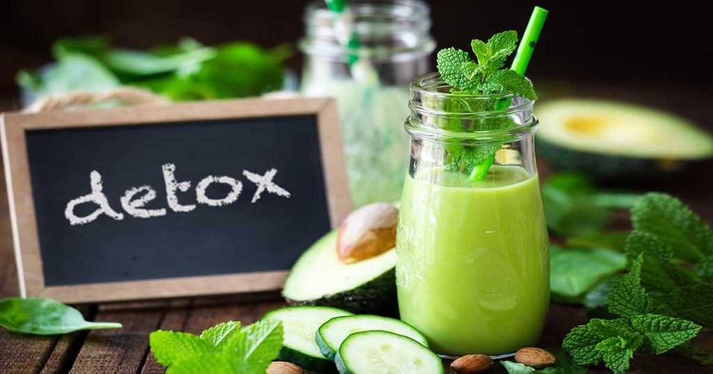 detox with greens